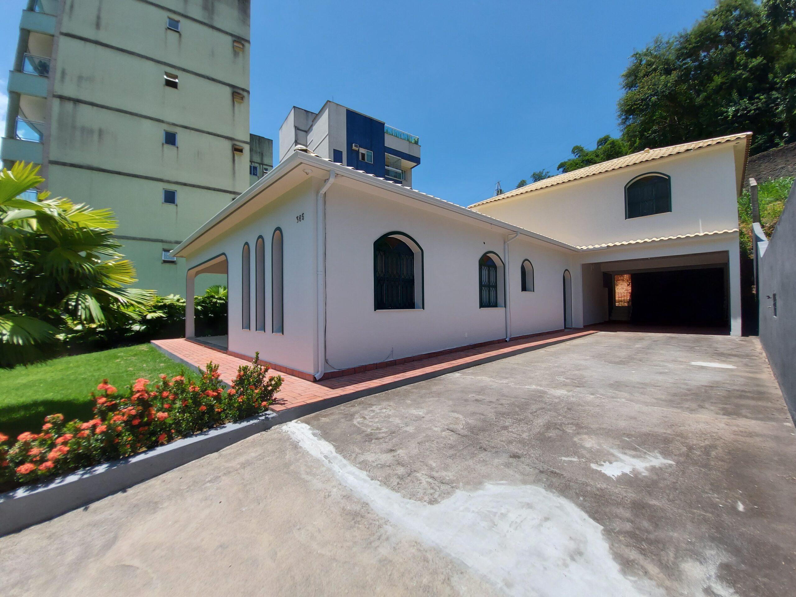 Linda casa – Centro de Rio Bonito