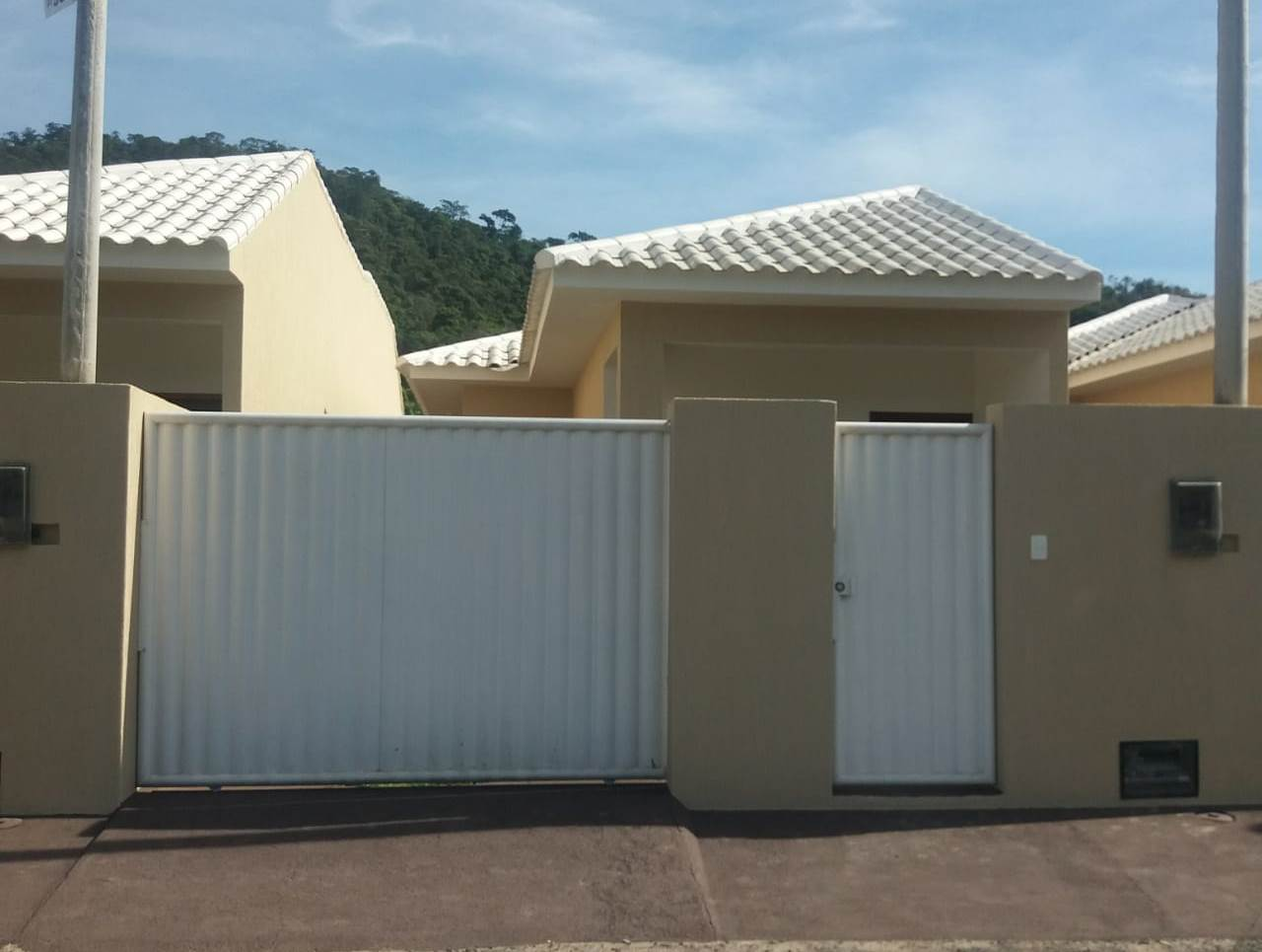Casa – Via Parque, Rio Bonito/RJ.